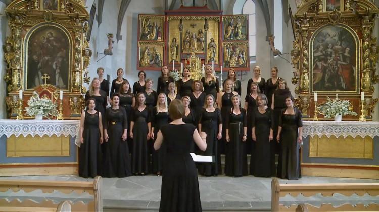 Damenchor Chursüd: Auftritt Kirche Tomils, 16. Mai 2015